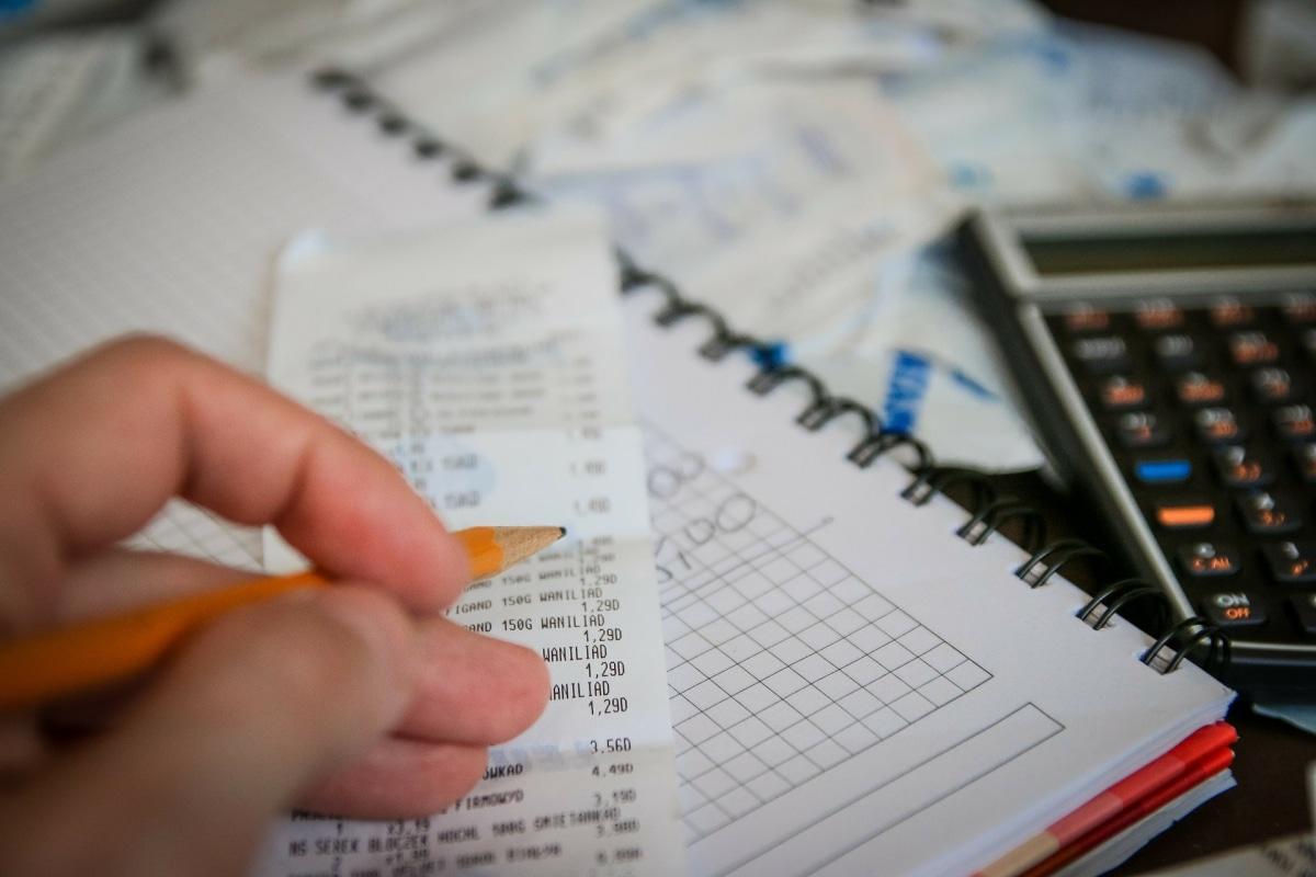 Comment calculer le nombre d'heures de paiements mensuels?